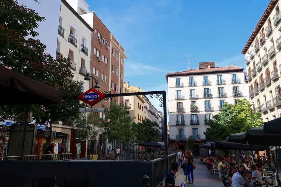 Métro Chueca, l'épicentre du quartier gay de Madrid