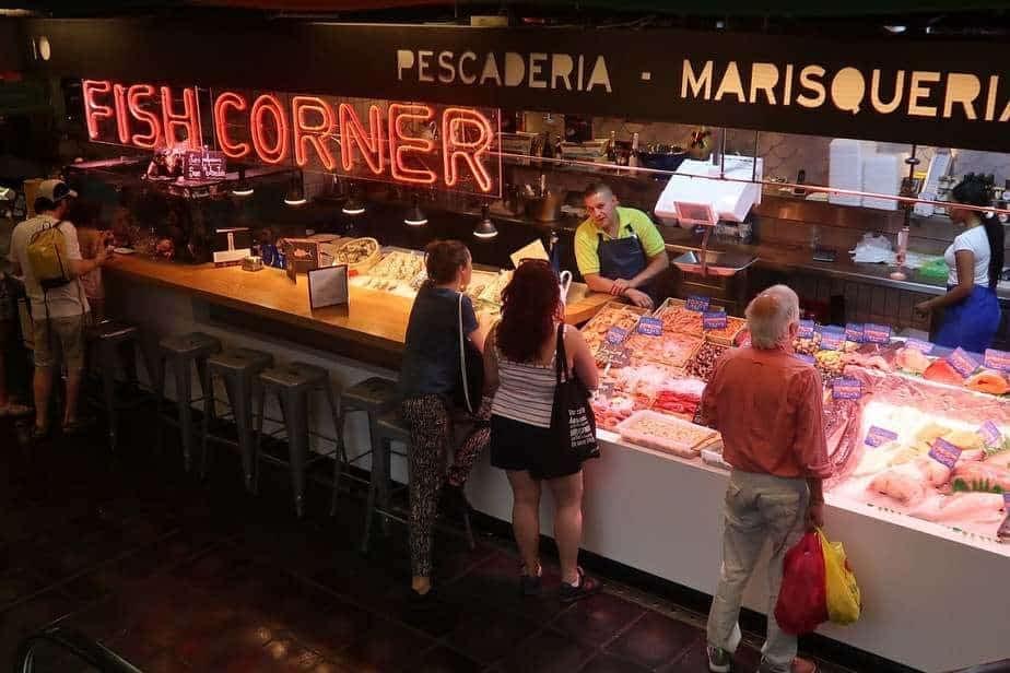 Au marché san Antón on peut déguster sur place.