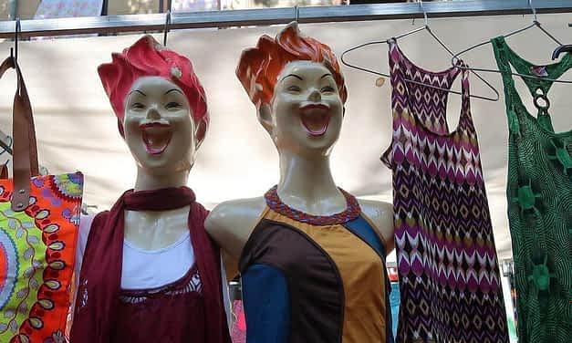 Le Rastro, puces de Madrid, un marché tout en couleurs