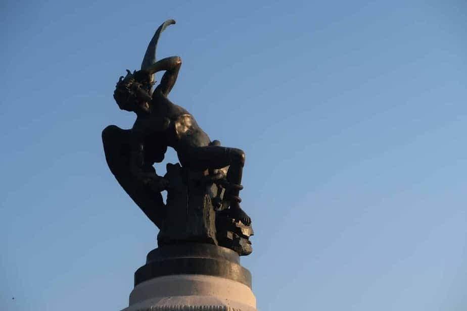 L'ange déchu Parc du Retiro