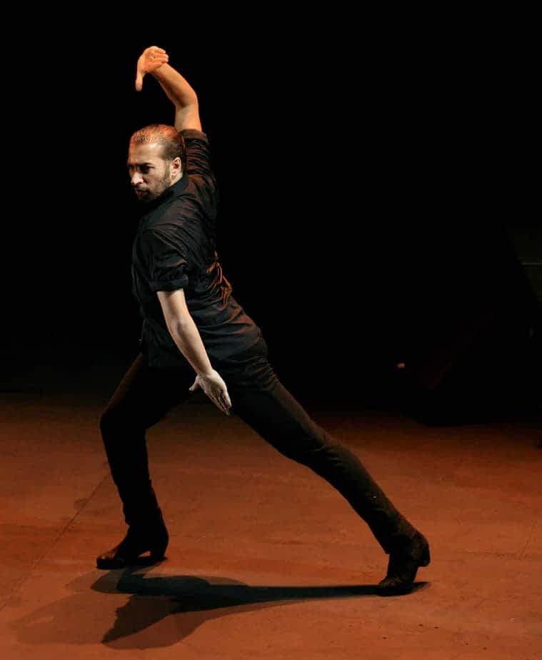 Israel Galván fait voyager à travers une danse universelle