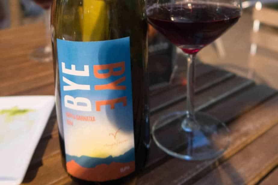 Bouteille de vin naturel chez Solo de Uva